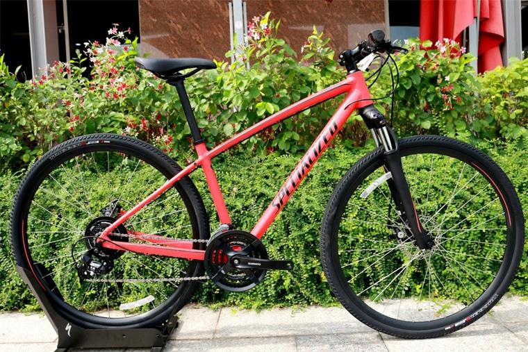 Xe đạp CrossTrail là sự kết hợp hoàn hảo giữa dòng xe địa hình và thể thao